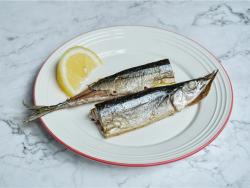 柠檬烤秋刀鱼