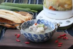 丝瓜竹荪排骨汤