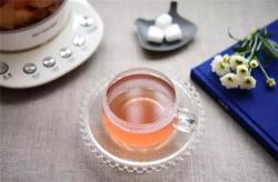 玫瑰水蜜桃饮